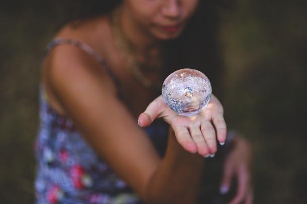 woman-hand-girl-glass